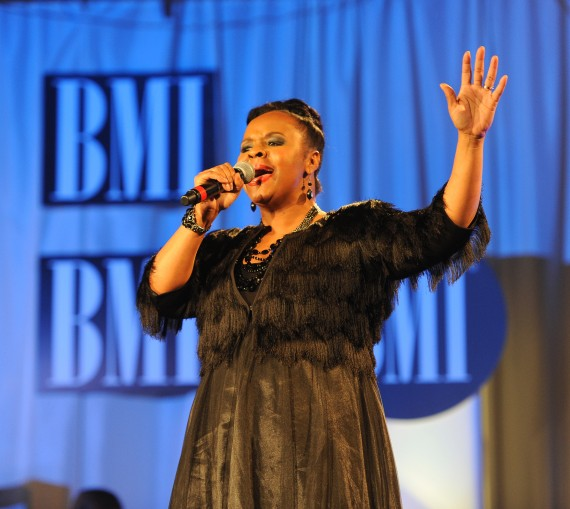 Sheri Jones Moffett singing &quot;I Almost Let Go&quot;(Photo Credit: BMI) 