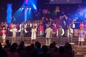 Straight Gate Mass Choir1